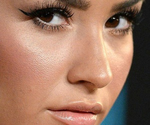 close up, demi lovato, and eyebrows image