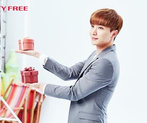 handsome, Leeteuk, and super junior image