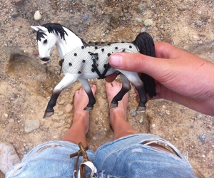 horse# and schleich# image