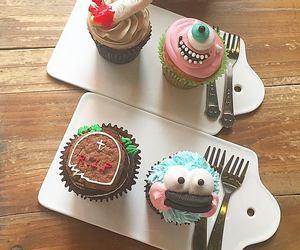 cupcakes, disney, and food image