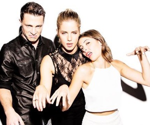 arrow, willa holland, and colton haynes image