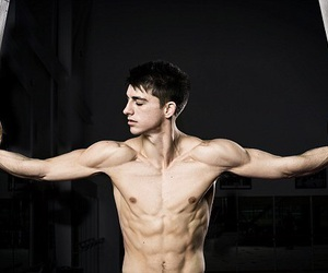 britain, max whitlock, and gymnatics image