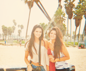 summer, kylie jenner, and kendall jenner image