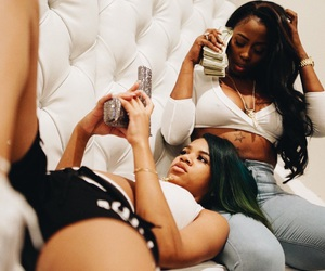 kashdoll and molly+brazy image