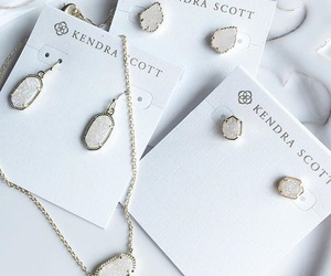 accessories, jewelry, and kendra scott image