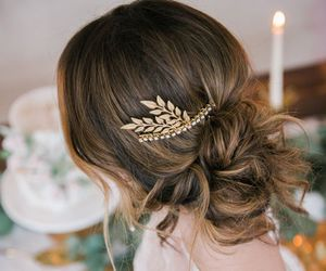 hairstyles and dresswe reviews image