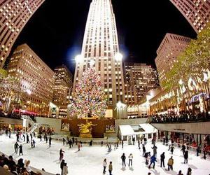 christmas, city, and night image
