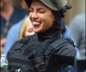 beautiful smile, priyanka chopra, and quantico image