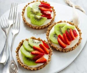 food, kiwi, and strawberry image