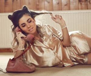 aesthetic, gold, and marina and the diamonds image