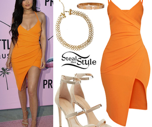 kylie jenner and steal her style image