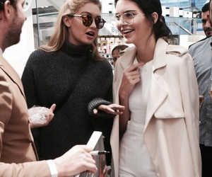 model, gigi hadid, and kendall jenner image
