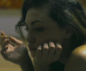 cigarette, phoebe tonkin, and smoke image