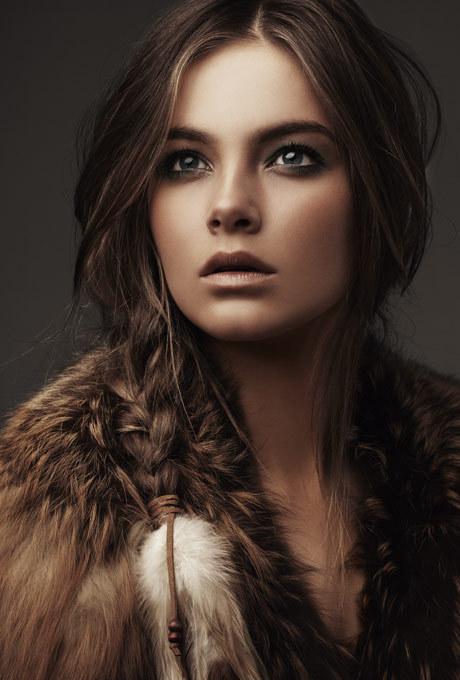 Girl with brunette hair