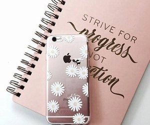 girly, gold, and iphon image