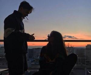 couple, grunge, and sky image
