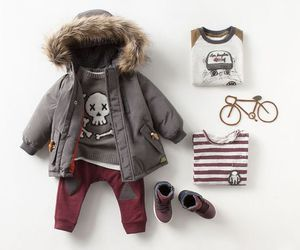baby clothes image