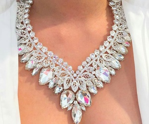 necklace, luxury, and diamond image