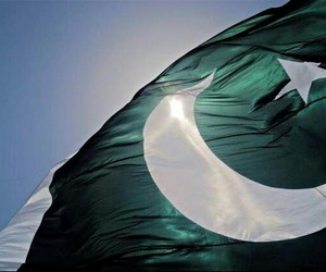 pakistan, flag, and independence image
