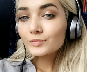 girl, music, and nose ring image