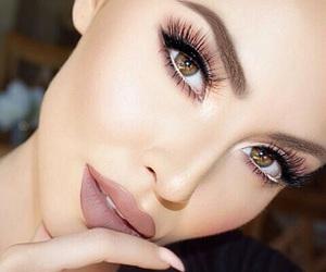 eyebrows, makeup, and eyelashes image