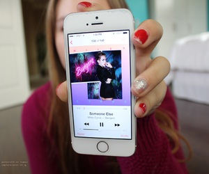 iphone, miley cyrus, and bangerz image