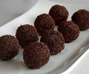 chocolate, food, and brigadeiro image