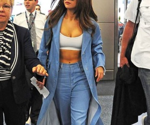 selena gomez, style, and jeans image
