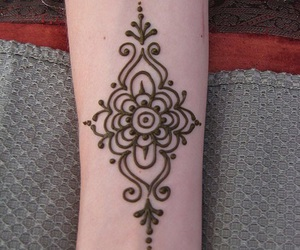henna, art, and feet image