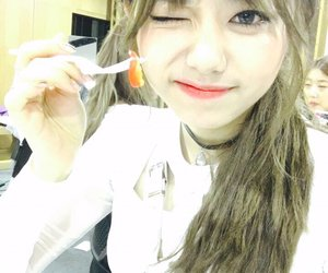 ioi1stwin and whattaman1stwin ioi sohye image