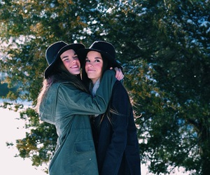 coat, fall, and girls image