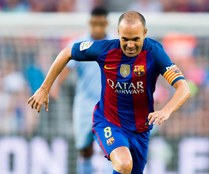 fc barcelona and andres iniesta image