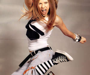 Avril Lavigne and let go image