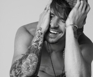boy, tattoo, and mateus verdelho image
