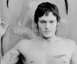 norman reedus and daryl dixon image