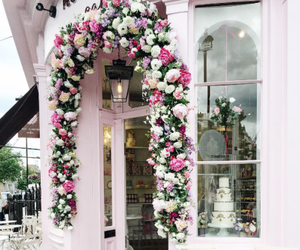 pink, london, and peggy porschen image