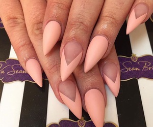 matte, nail art, and pale image
