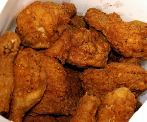 food, fried chicken, and yummy image