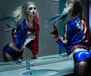 harley quinn, suicide squad, and cosplay image