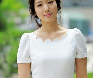 korean girl, park shin hye, and k actress image