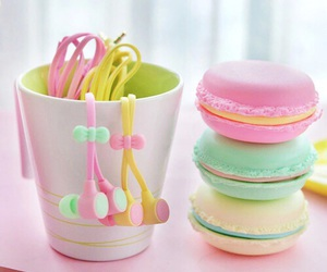 macaroon, tumblr quality, and pastel image