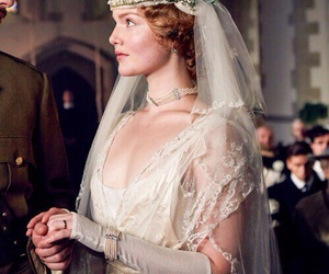 holliday grainger and connie chatterley image