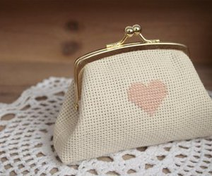 heart and purse image
