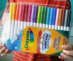 colores, crayola, and plumones image