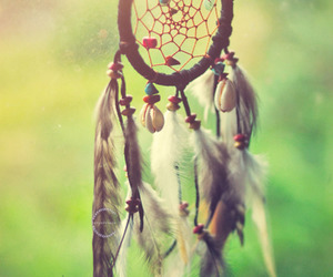 dreamcatcher, dreams, and feathers image