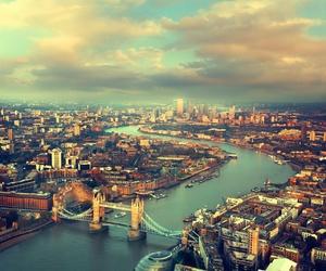 amazing, bridge, and london image