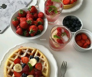 breakfast, FRUiTS, and cranberries image
