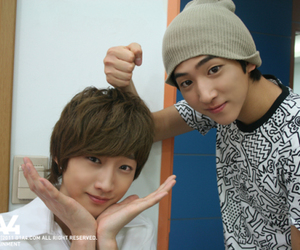 baro, jinyoung, and only learned bad things image