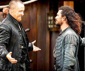 behind the scenes, pirate, and toby stephens image