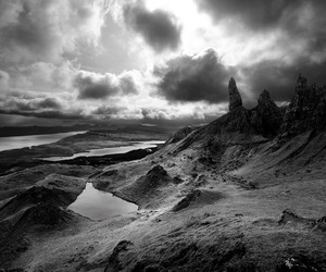dramatic, hebrides, and skye image